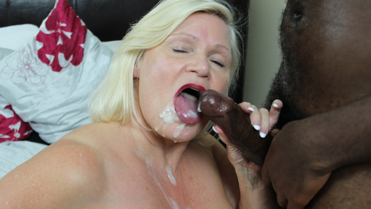 Scene: Granny Lacey Gives a Foot Job!