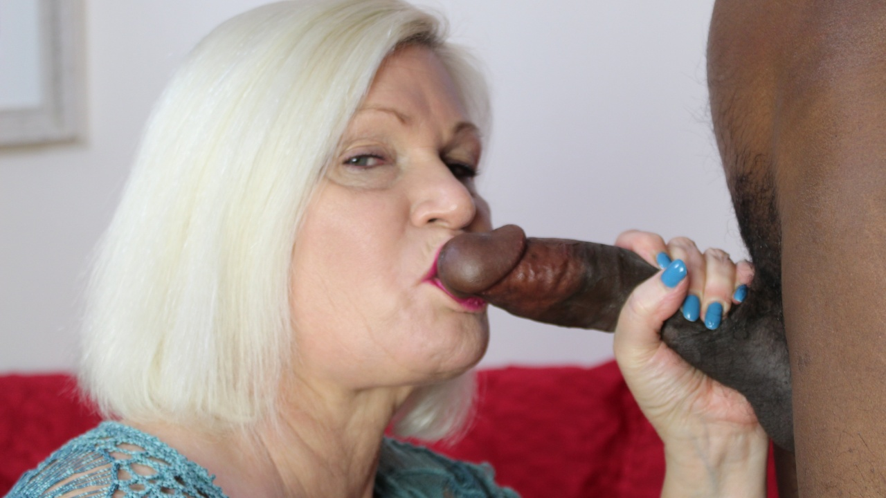 Anal Creampie for Cheating Granny