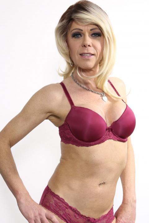 Model: Joanna Jet